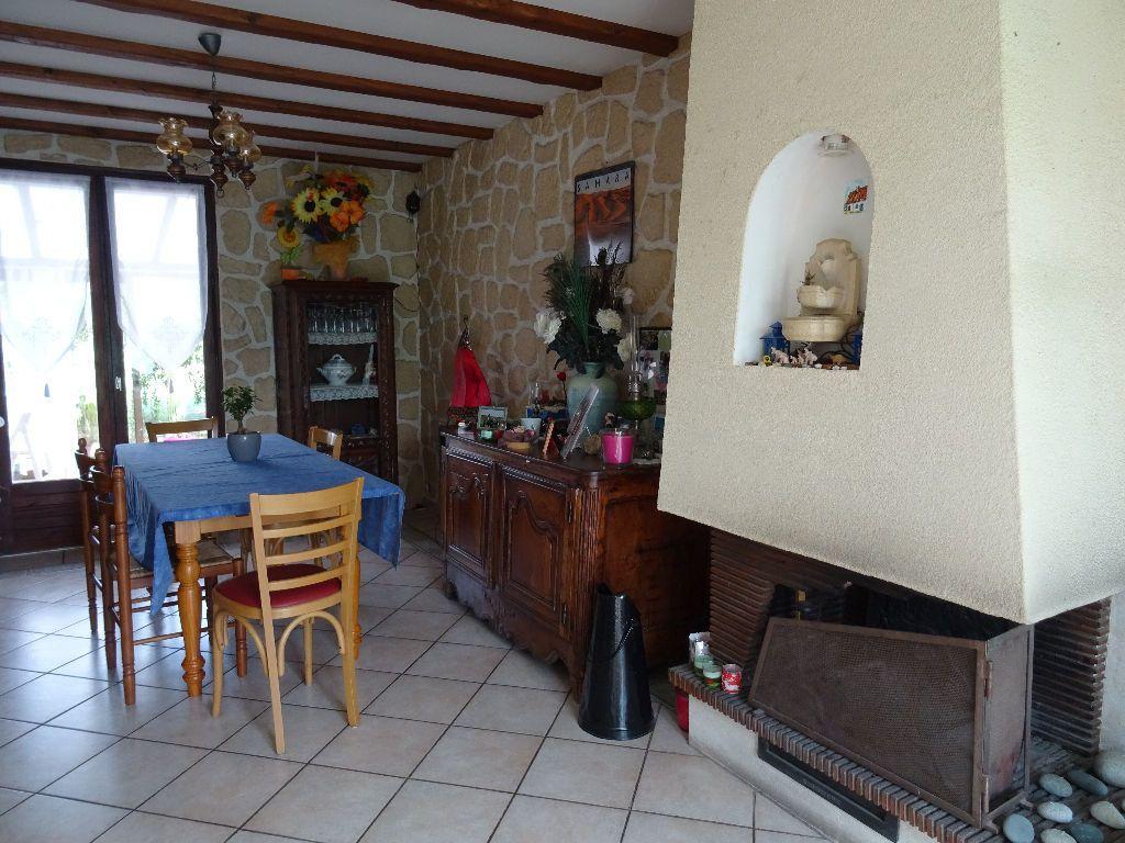 Maison à vendre 5 108m2 à Arçonnay vignette-3