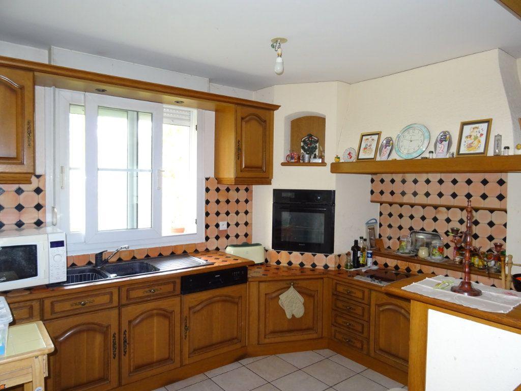 Appartement à vendre 5 116m2 à Alençon vignette-2