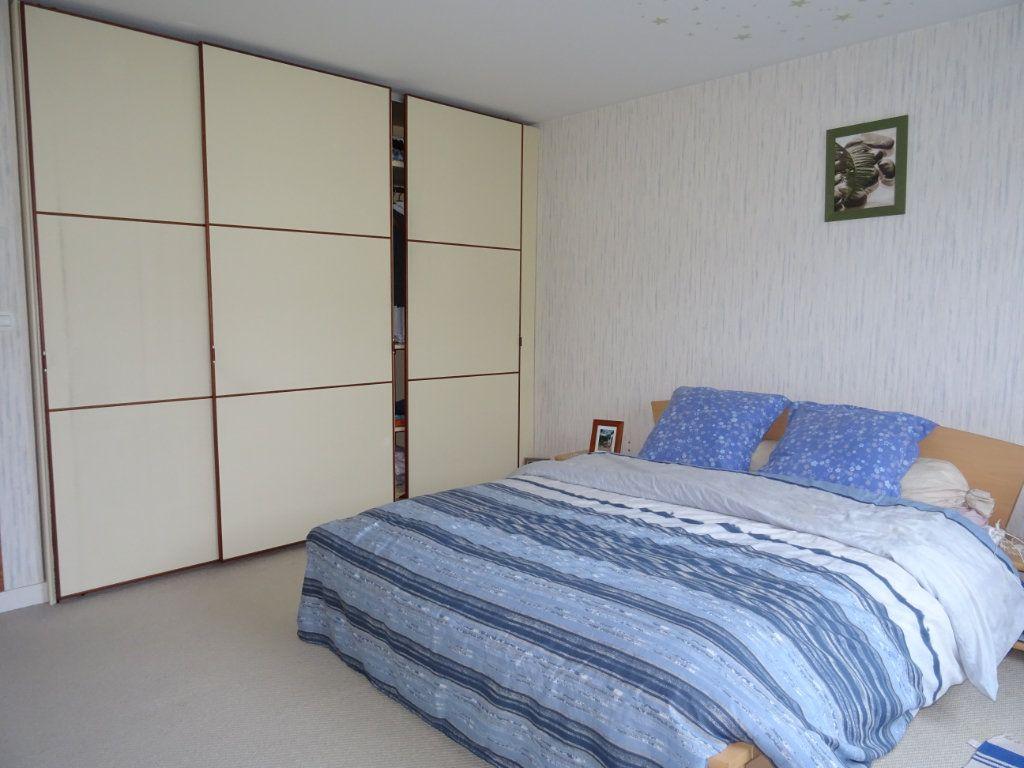 Appartement à vendre 5 116m2 à Alençon vignette-3