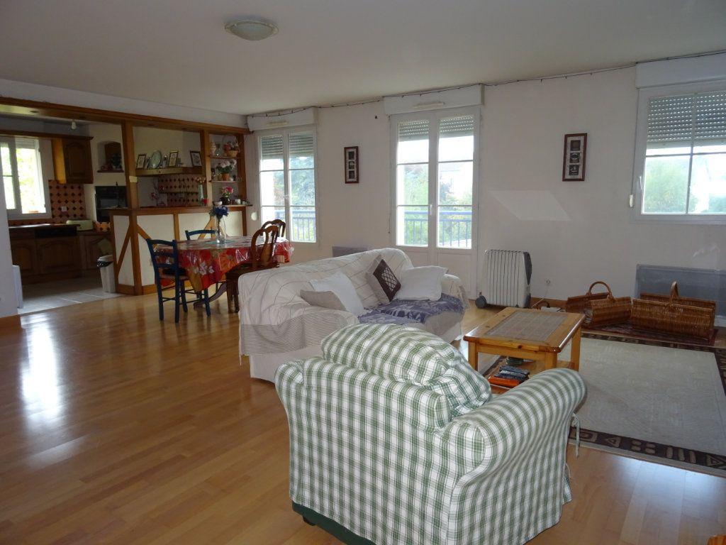 Appartement à vendre 5 116m2 à Alençon vignette-4