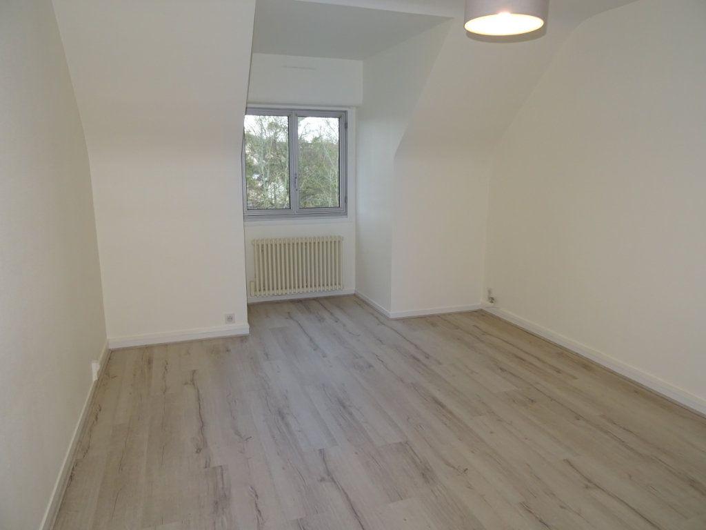 Appartement à louer 2 53m2 à Nogent-le-Rotrou vignette-1
