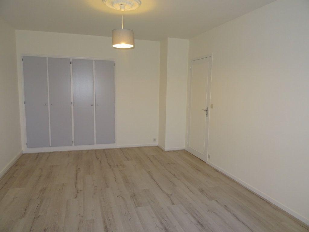Appartement à louer 2 53m2 à Nogent-le-Rotrou vignette-4