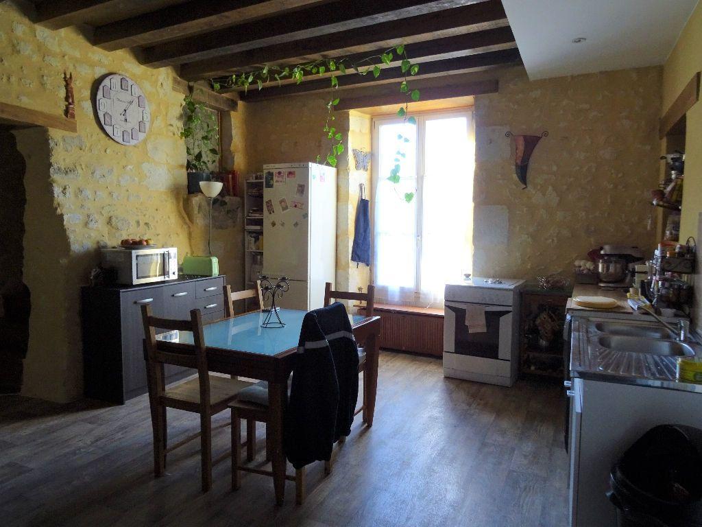 Appartement à louer 4 95m2 à Nogent-le-Rotrou vignette-2