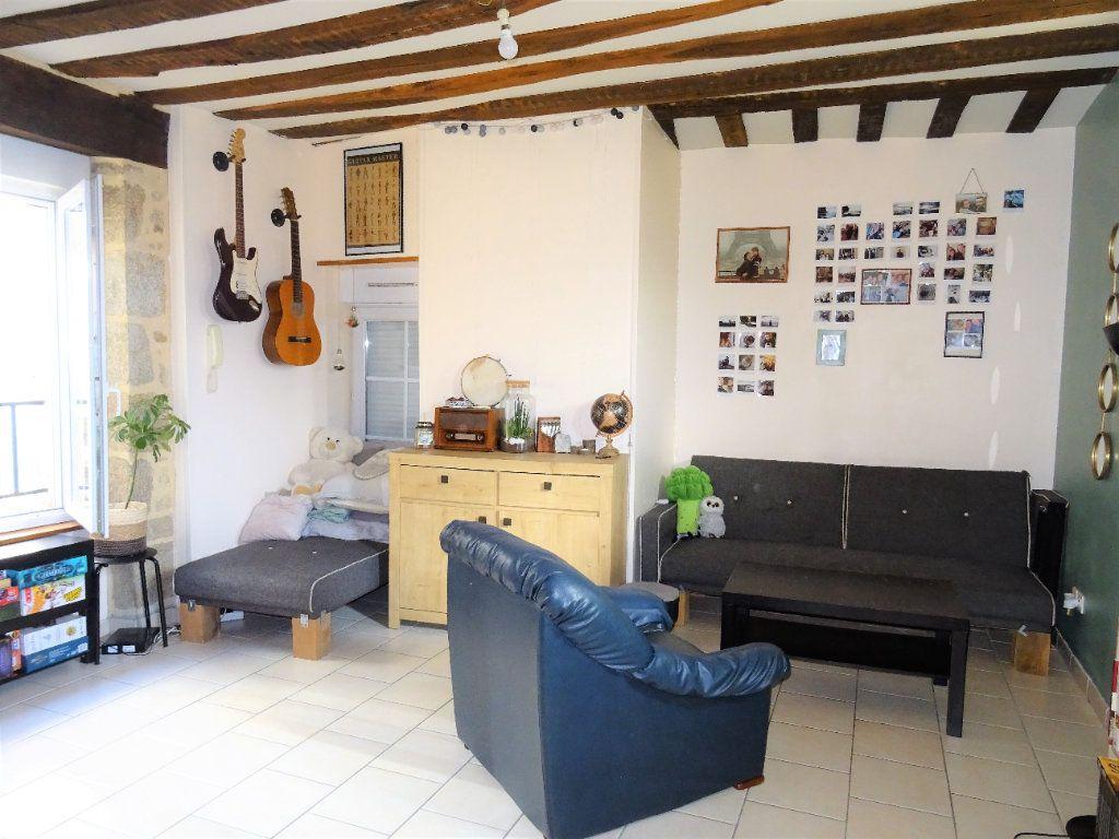Appartement à louer 2 56m2 à Alençon vignette-1