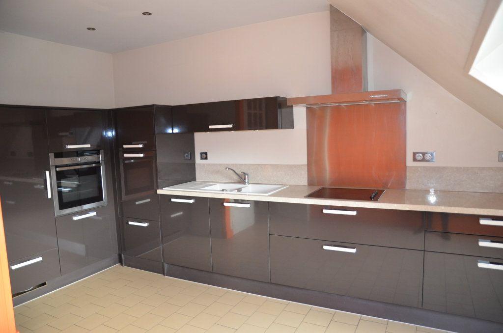 Appartement à louer 3 90m2 à Mortagne-au-Perche vignette-1