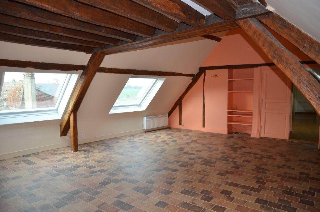 Appartement à louer 3 90m2 à Mortagne-au-Perche vignette-2