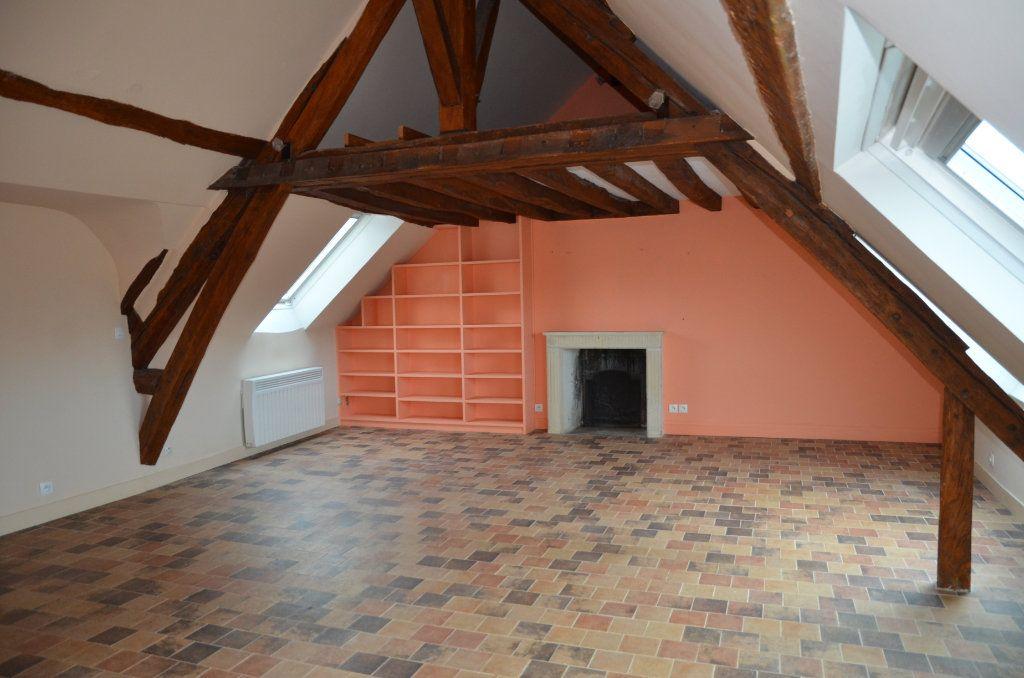 Appartement à louer 3 90m2 à Mortagne-au-Perche vignette-3