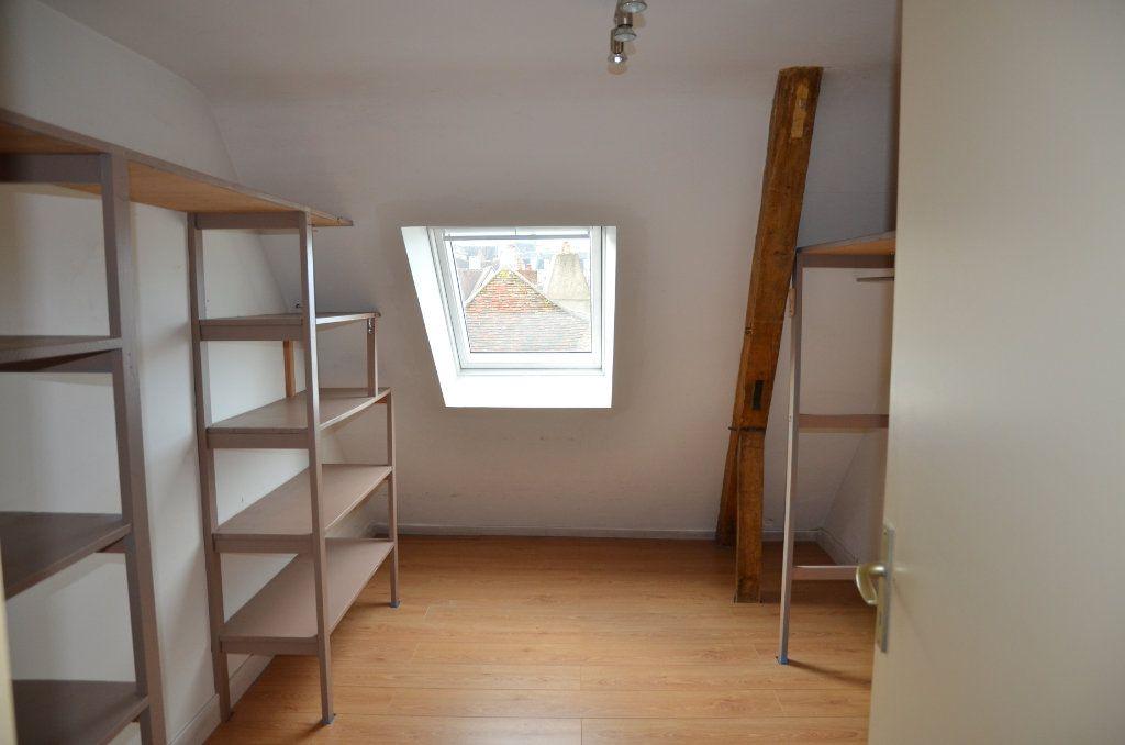 Appartement à louer 3 90m2 à Mortagne-au-Perche vignette-7