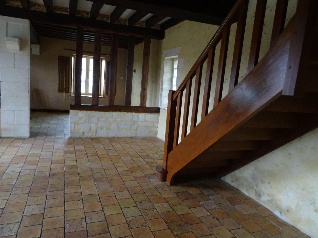 Maison à louer 7 146.4m2 à Nogent-le-Rotrou vignette-2