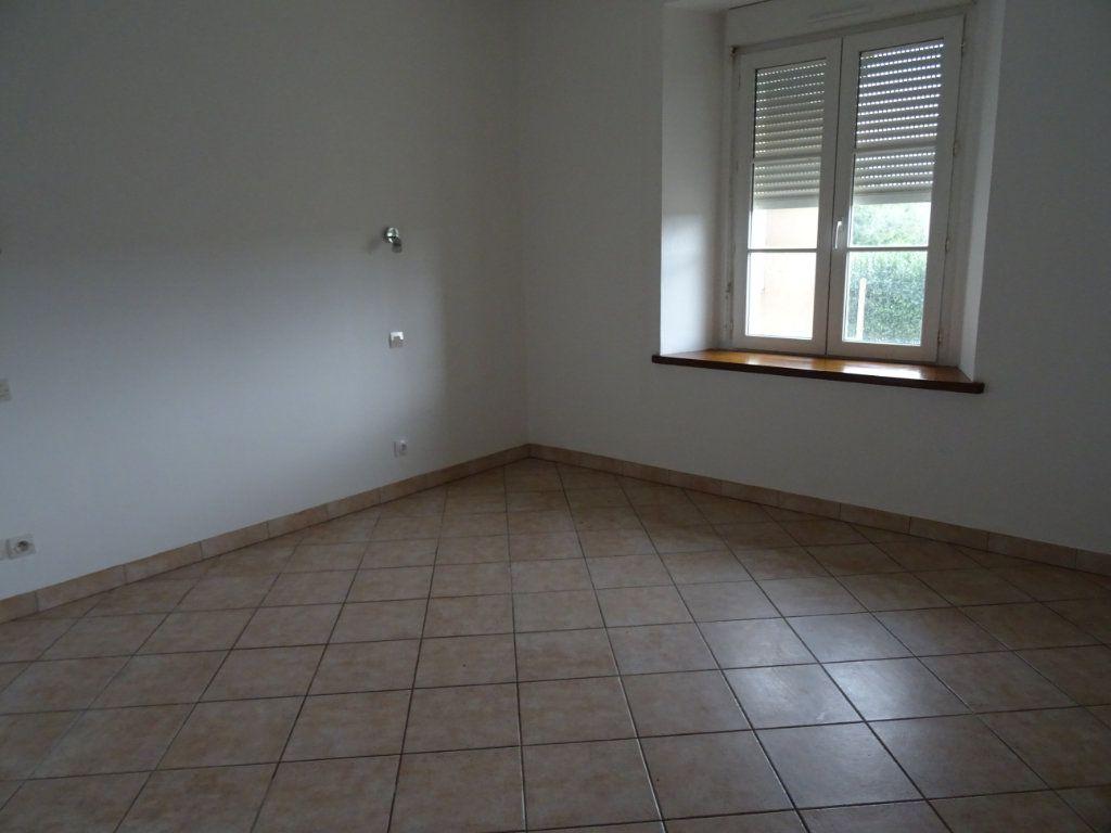 Maison à louer 7 146.4m2 à Nogent-le-Rotrou vignette-4