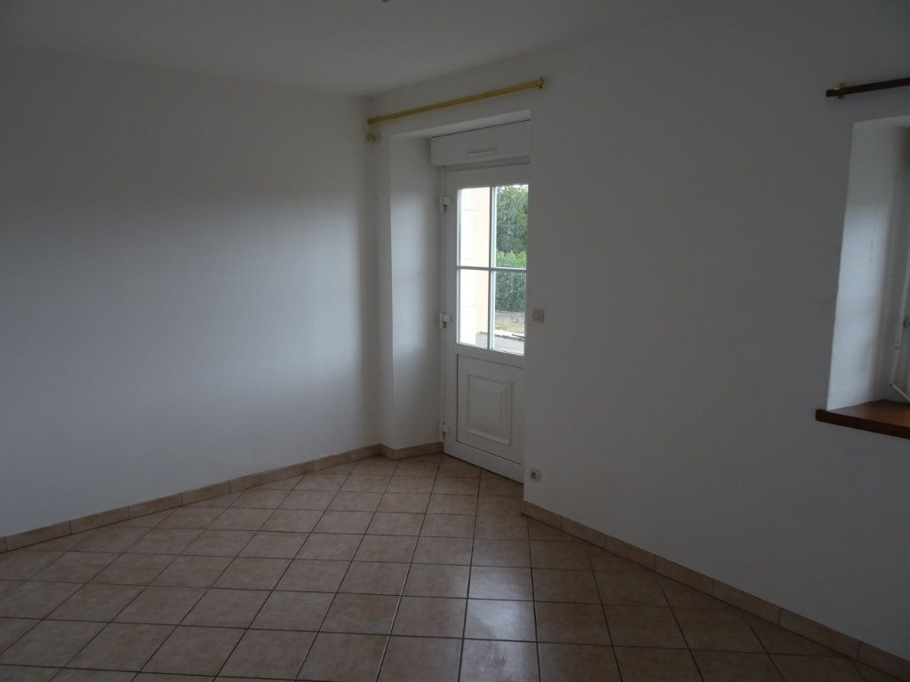 Maison à louer 7 146.4m2 à Nogent-le-Rotrou vignette-7