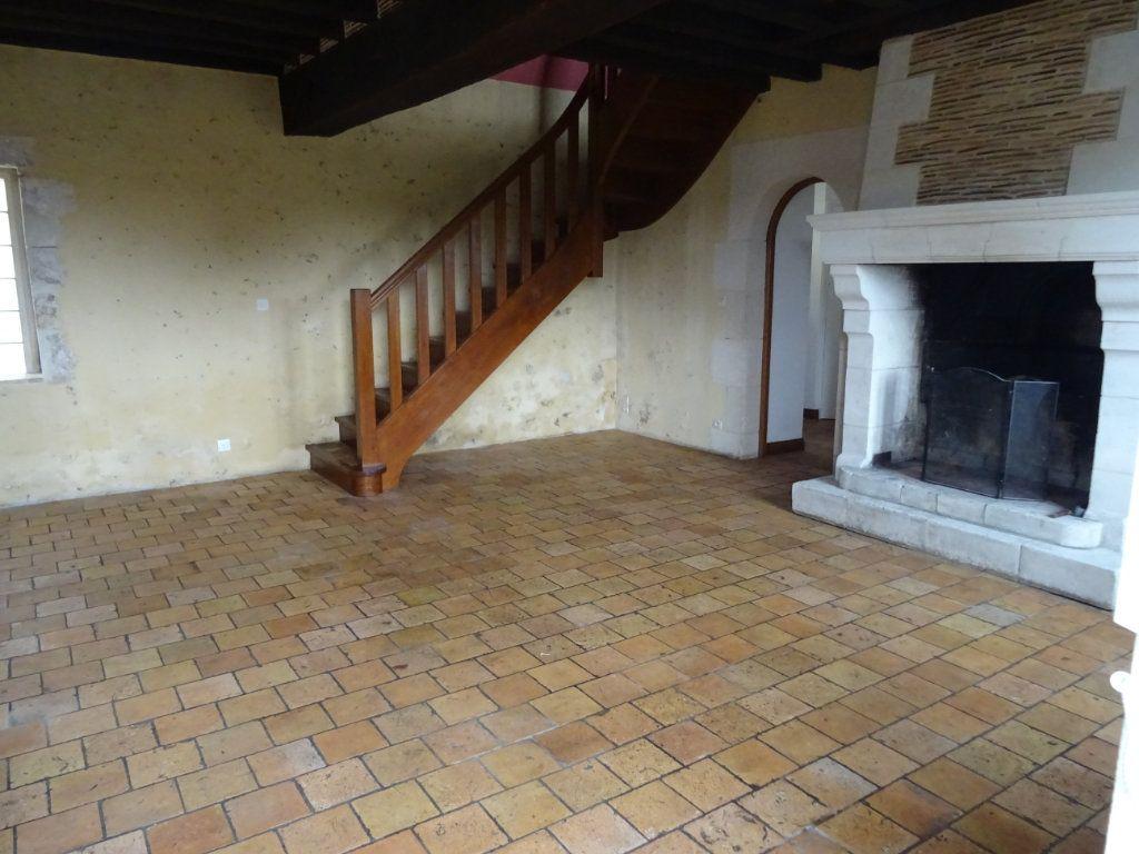 Maison à louer 7 146.4m2 à Nogent-le-Rotrou vignette-9