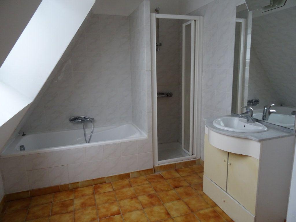 Maison à louer 7 146.4m2 à Nogent-le-Rotrou vignette-10