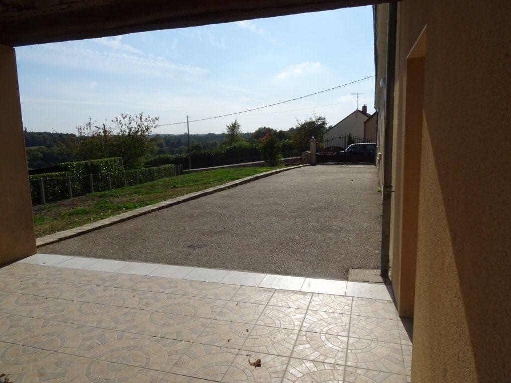 Maison à louer 7 146.4m2 à Nogent-le-Rotrou vignette-13