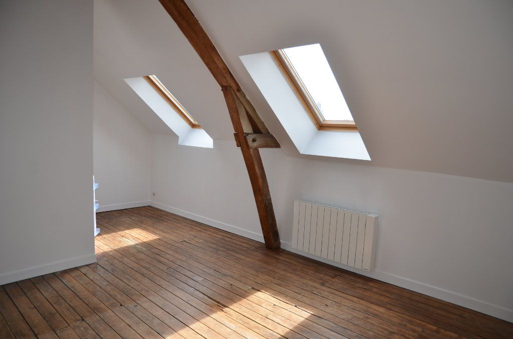 Appartement à louer 2 37m2 à Mortagne-au-Perche vignette-1