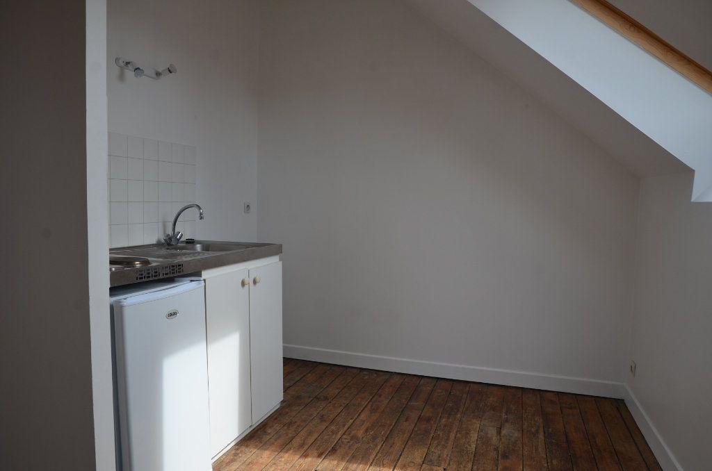 Appartement à louer 2 37m2 à Mortagne-au-Perche vignette-3