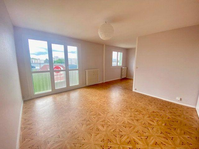 Appartement à vendre 3 70m2 à Alençon vignette-3
