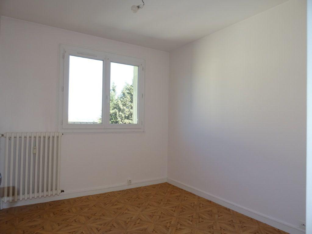 Appartement à vendre 3 70m2 à Alençon vignette-5