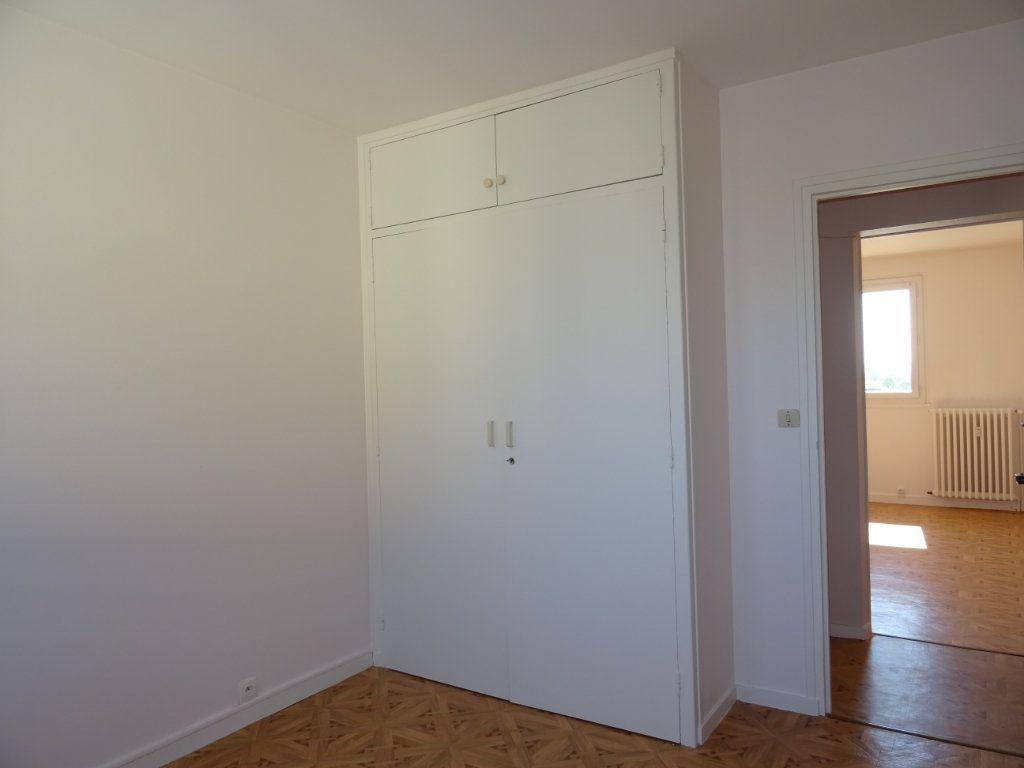 Appartement à vendre 3 70m2 à Alençon vignette-9