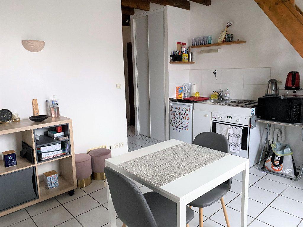 Appartement à louer 2 31.42m2 à Alençon vignette-1