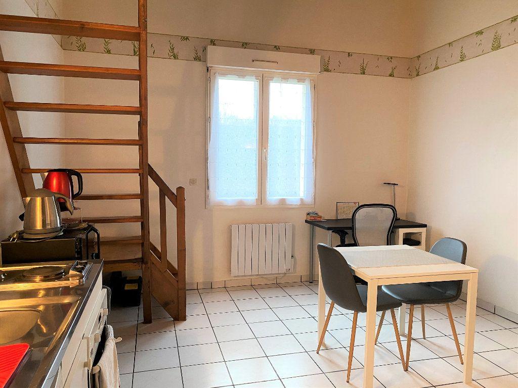 Appartement à louer 2 31.42m2 à Alençon vignette-2