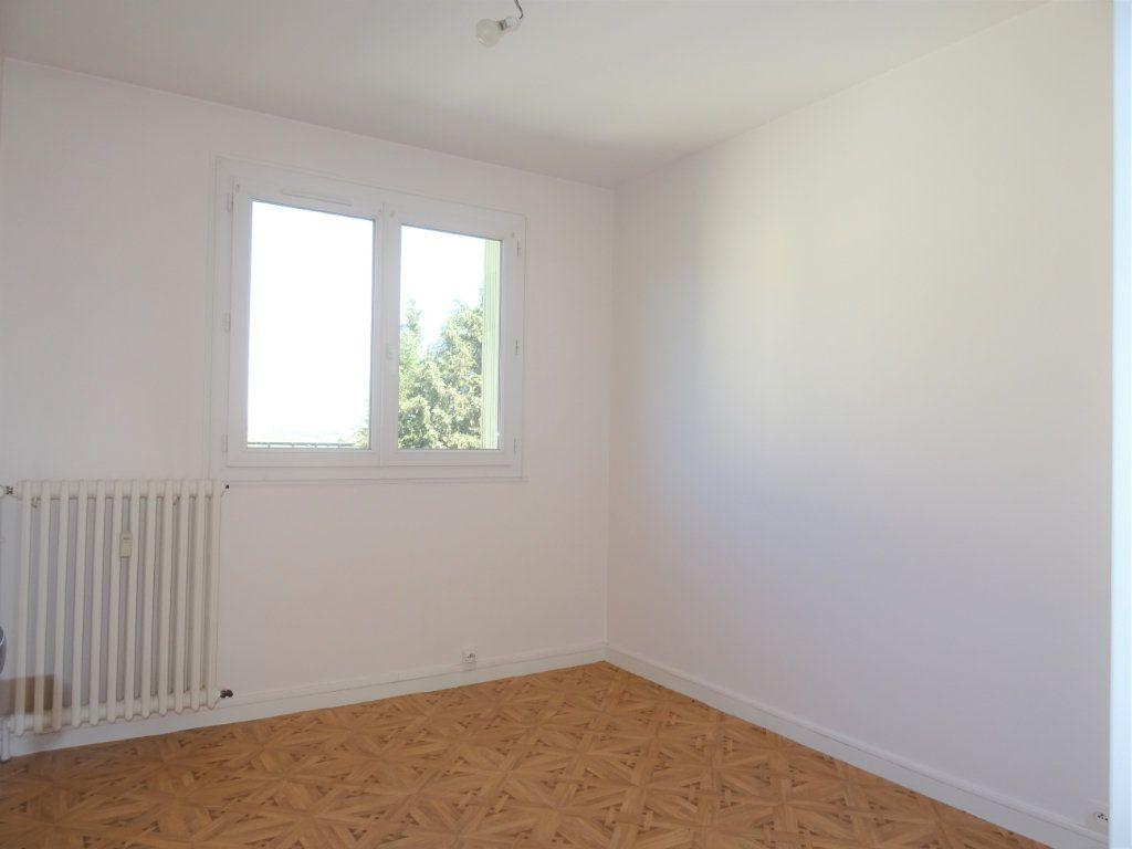 Appartement à louer 3 67m2 à Alençon vignette-2