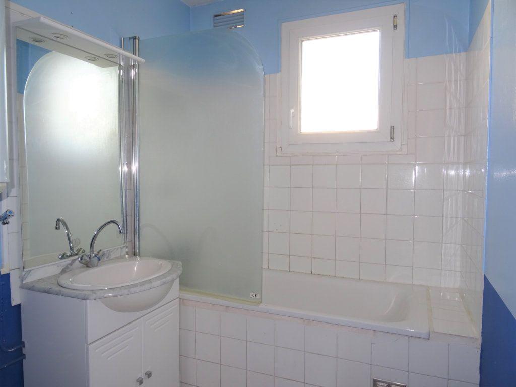 Appartement à louer 3 67m2 à Alençon vignette-5
