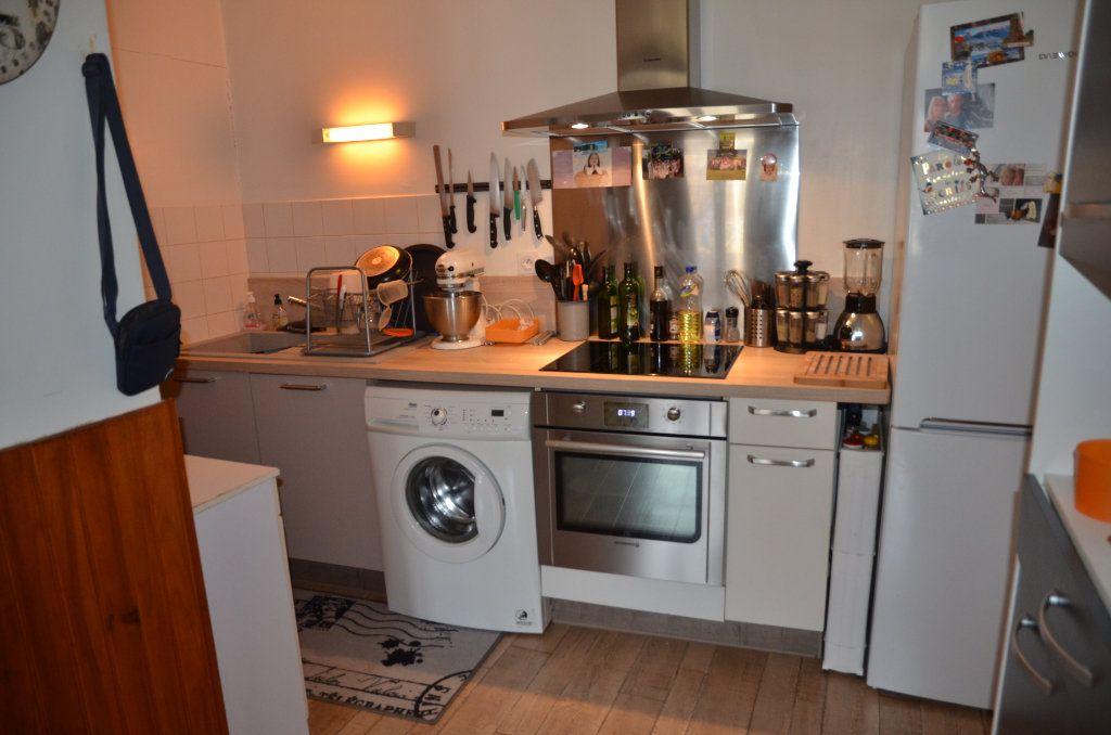 Appartement à louer 2 50.98m2 à Longny-au-Perche vignette-2