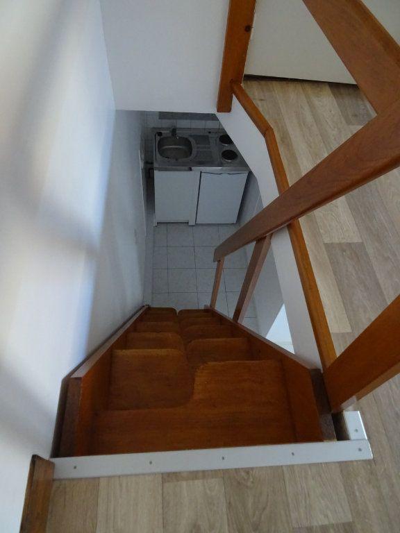 Appartement à louer 2 20m2 à Nogent-le-Rotrou vignette-8
