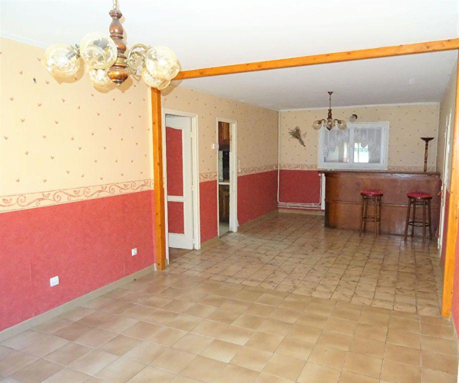 Maison à vendre 6 120m2 à Saint-Rigomer-des-Bois vignette-4