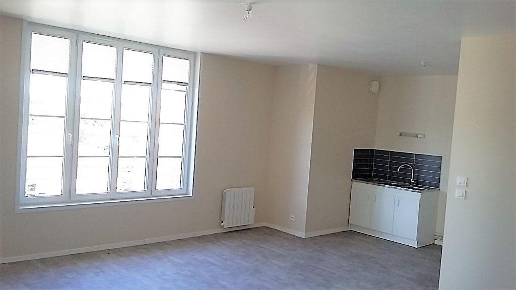 Appartement à louer 2 56m2 à Chassant vignette-4