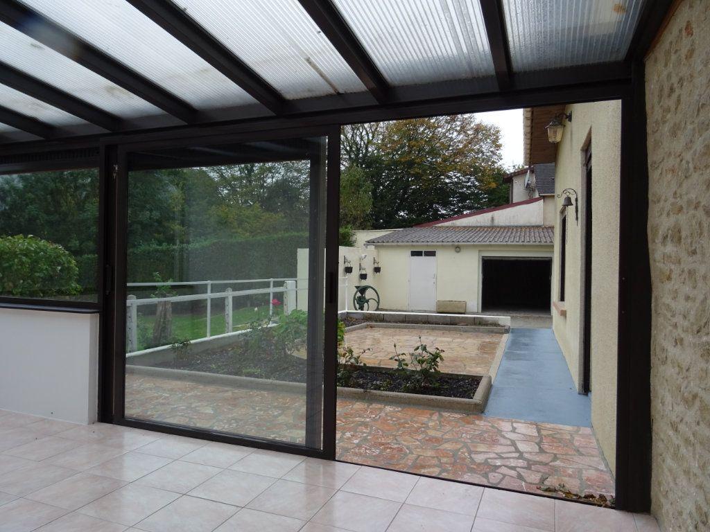 Maison à vendre 5 124m2 à Les Ventes-de-Bourse vignette-6