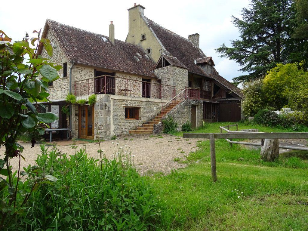 Maison à vendre 8 218m2 à Condé-sur-Sarthe vignette-1
