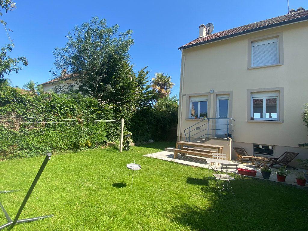 Maison à louer 4 66m2 à Alençon vignette-1