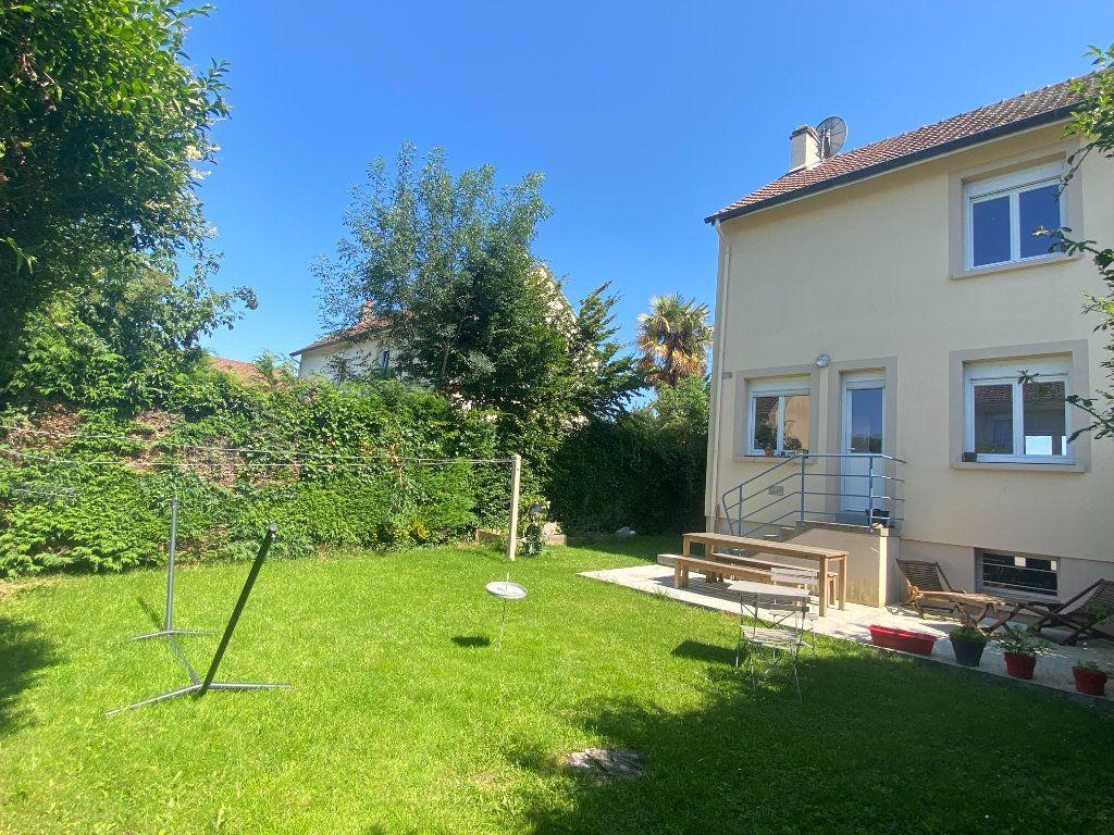 Maison à louer 4 66m2 à Alençon vignette-8