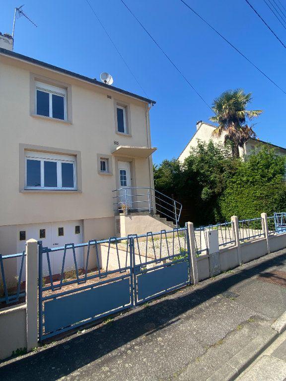 Maison à louer 4 66m2 à Alençon vignette-9