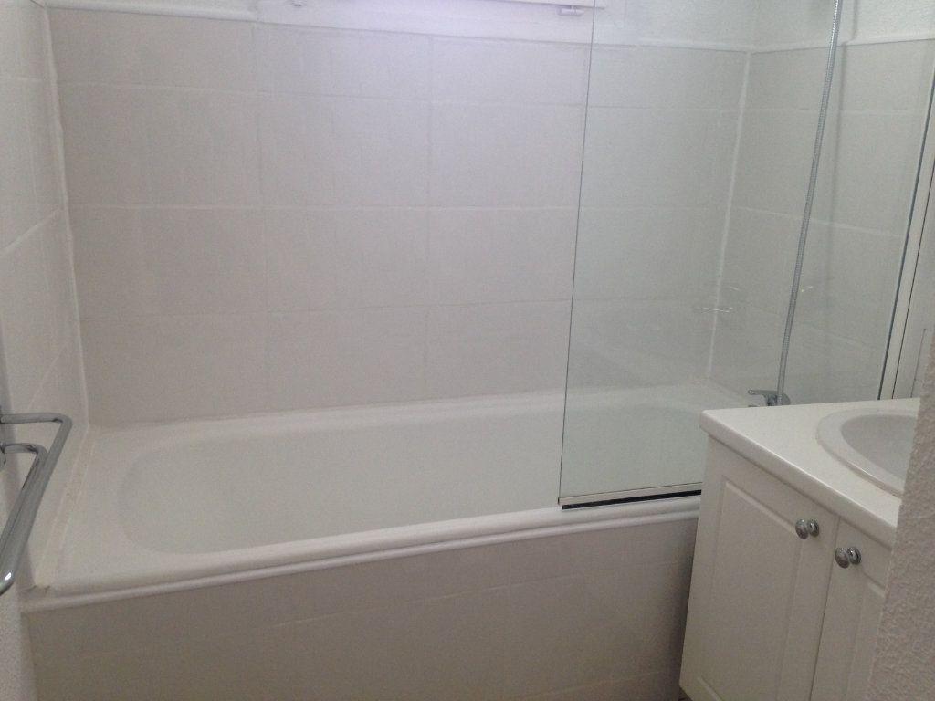 Appartement à vendre 3 57m2 à Alençon vignette-7