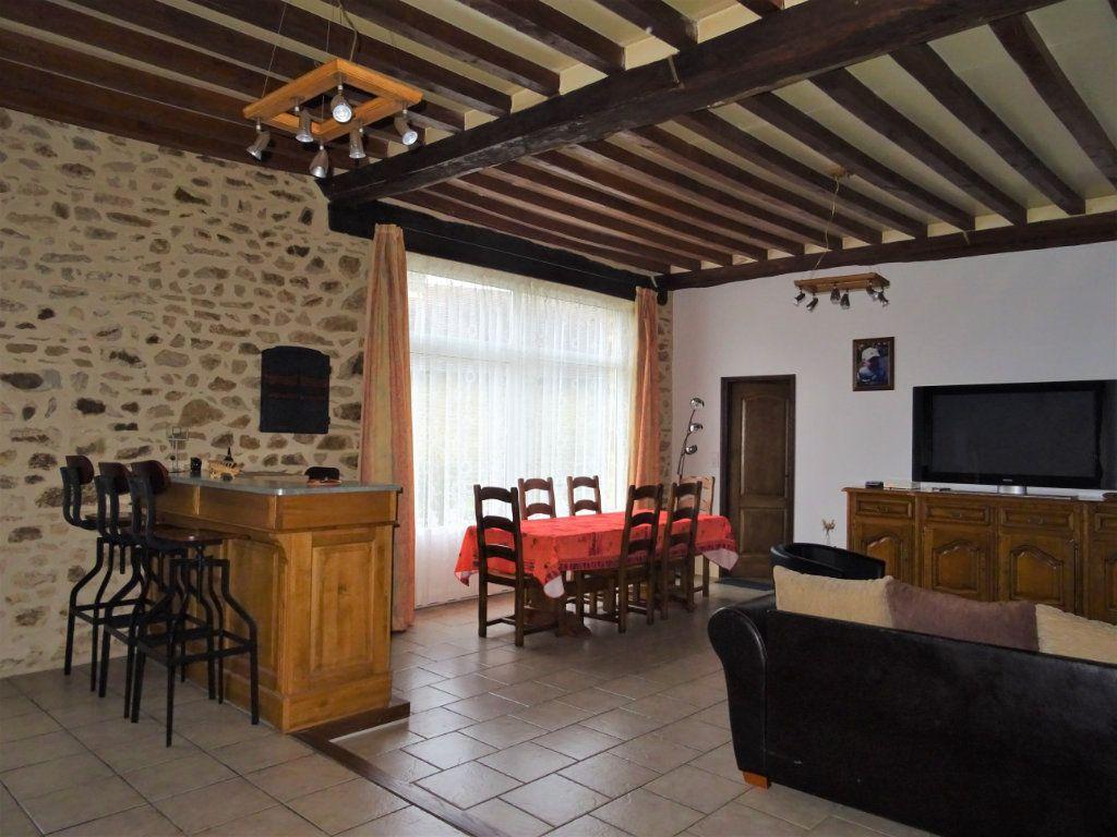 Maison à vendre 6 165m2 à Saint-Céneri-le-Gérei vignette-3