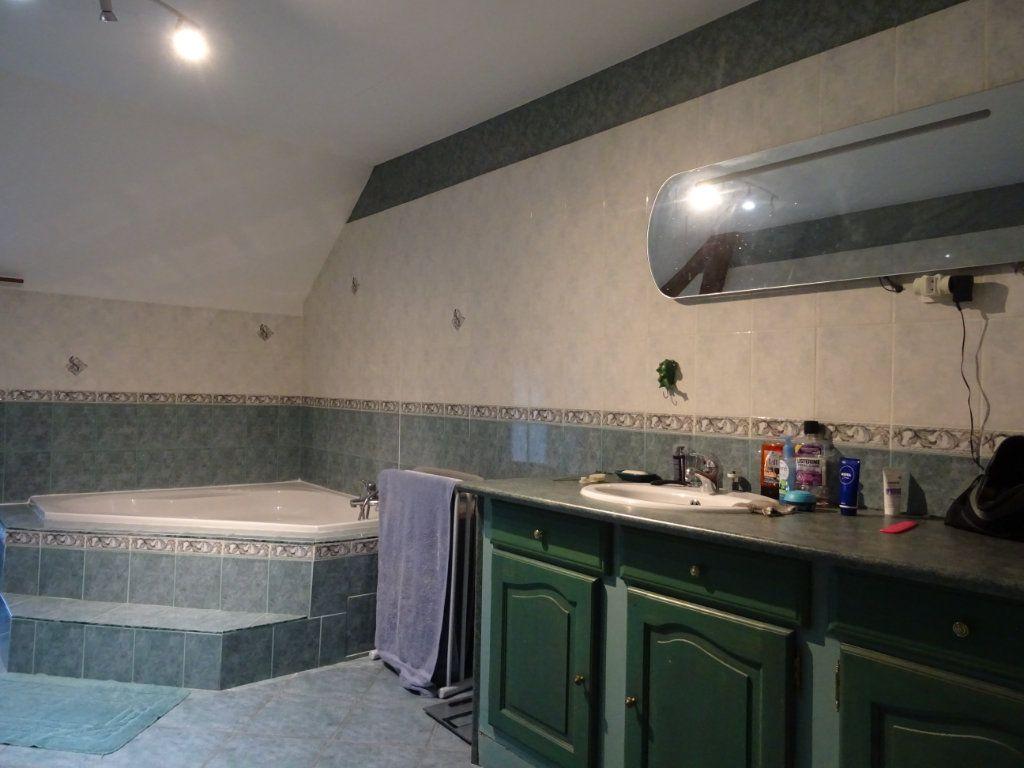 Maison à vendre 6 165m2 à Saint-Céneri-le-Gérei vignette-8
