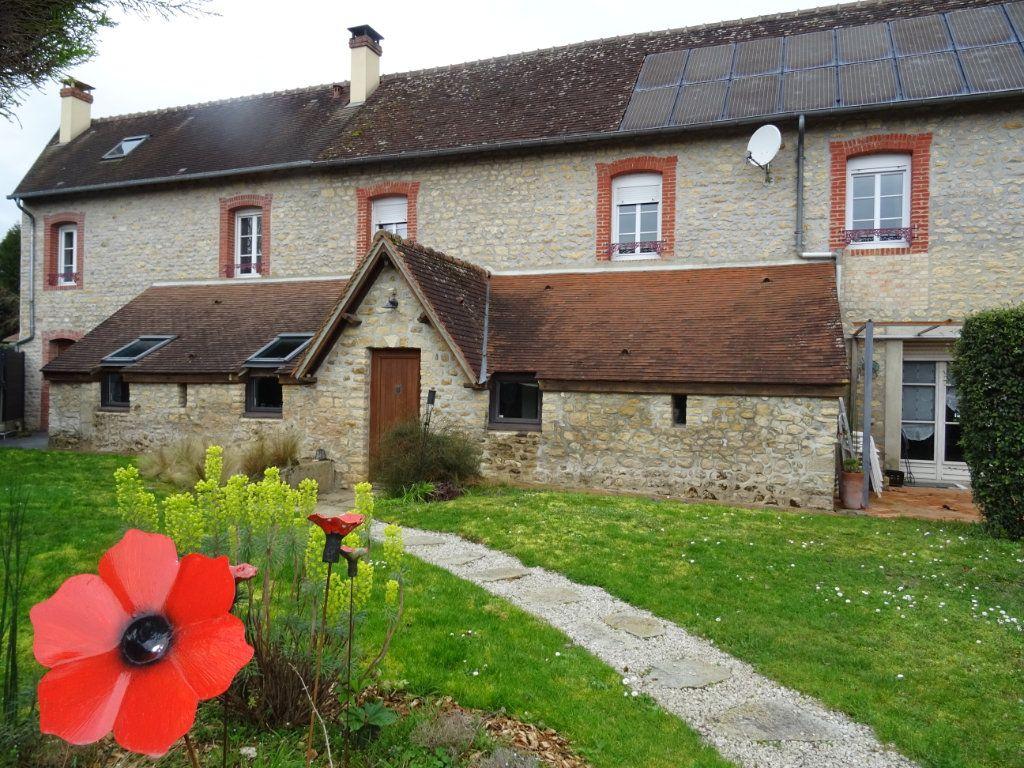 Maison à vendre 7 190m2 à Saint-Germain-du-Corbéis vignette-1