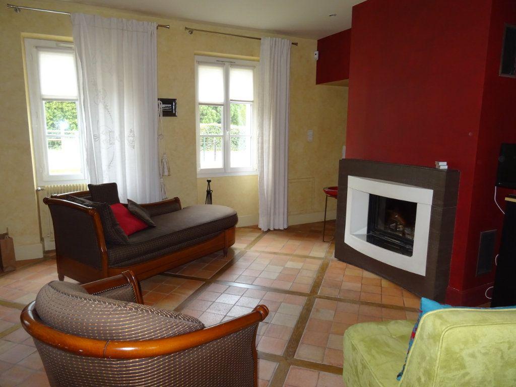 Maison à vendre 7 190m2 à Saint-Germain-du-Corbéis vignette-9