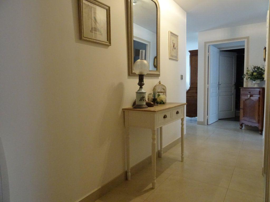 Appartement à vendre 5 110m2 à Alençon vignette-2