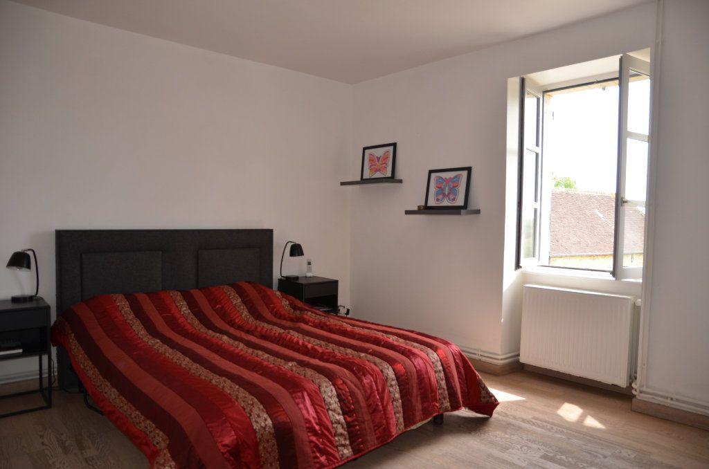 Maison à vendre 8 170m2 à Le Mêle-sur-Sarthe vignette-13