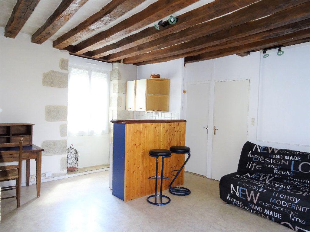 Appartement à louer 1 23.52m2 à Alençon vignette-3