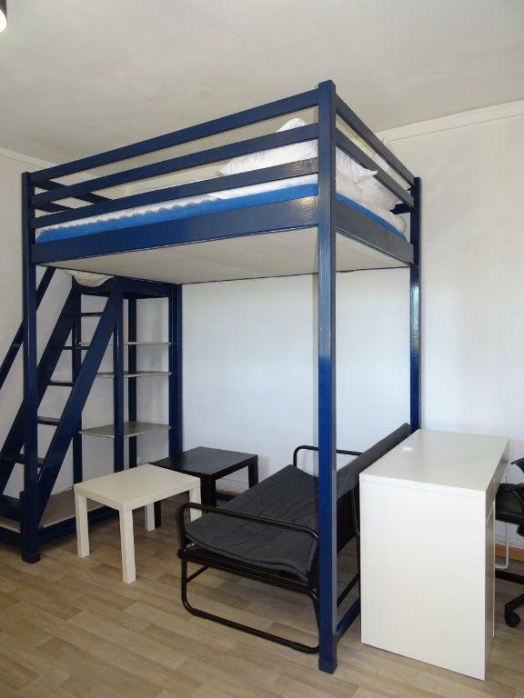 Appartement à louer 1 22m2 à Alençon vignette-1