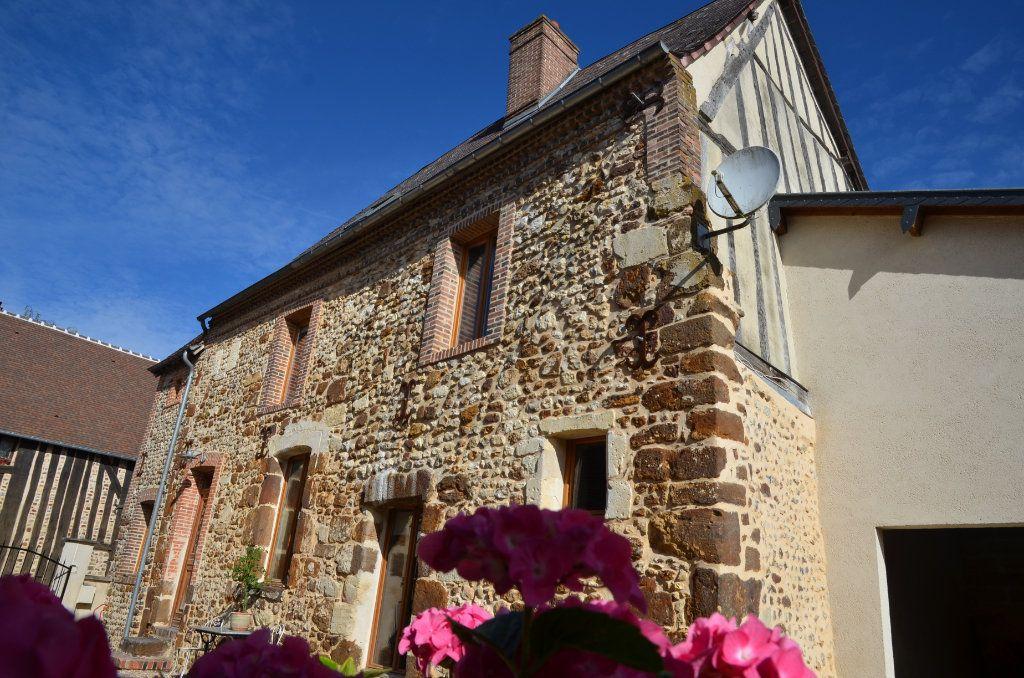 Maison à vendre 7 162m2 à Mortagne-au-Perche vignette-1