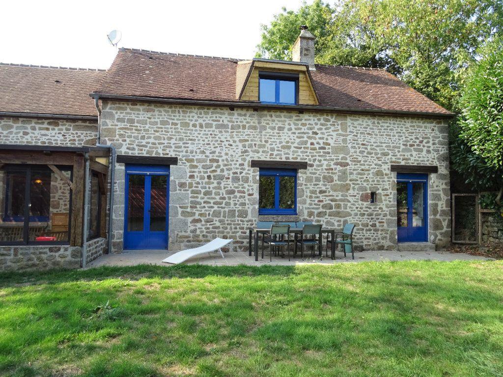 Maison à vendre 5 120m2 à Saint-Denis-sur-Sarthon vignette-2