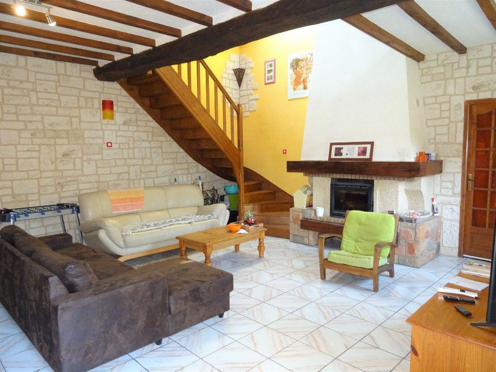 Maison à vendre 5 120m2 à Saint-Denis-sur-Sarthon vignette-3