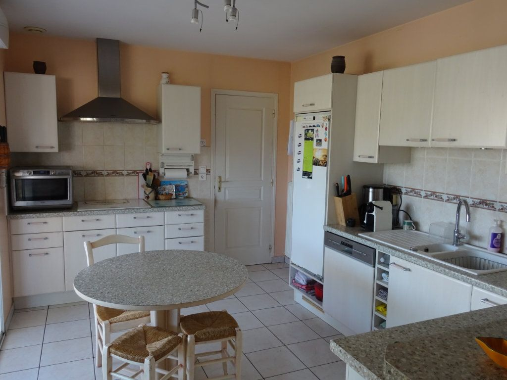 Maison à vendre 7 149m2 à Alençon vignette-5