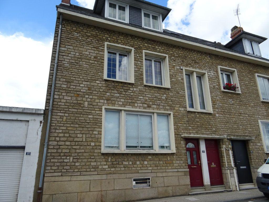 Maison à vendre 7 140m2 à Alençon vignette-1